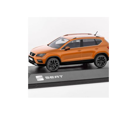 MINIATURE ATECA ORANGE 1:43